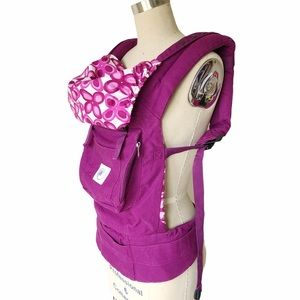 ERGObaby Baby Carrier with Pockets Mystic Purple